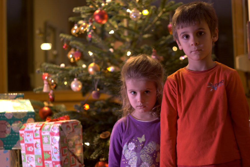 Коледа в кутия –  предаване на подаръците до 18. декември