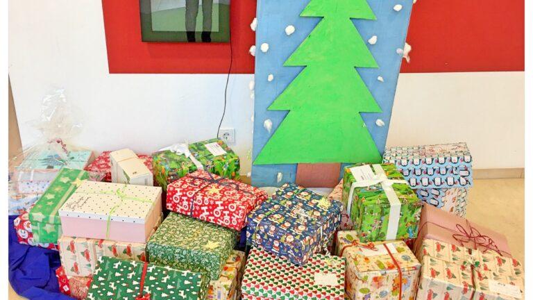 Oт малки за малки – Коледа в кутия в детска ясла Spatzennest, Hallbergmoos