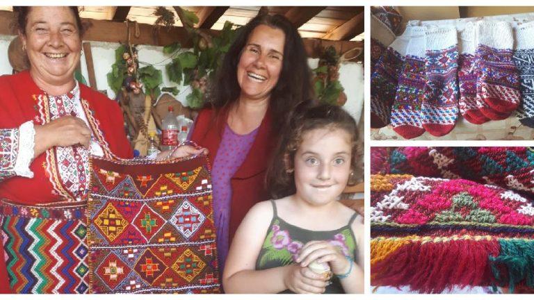 Среща на баничанския дервень с Руми Джибова – цвят от пищюмальи, вълнени чорапи и щъркели